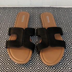 Sonoma Black Slip On Sandals Size M 7/8
